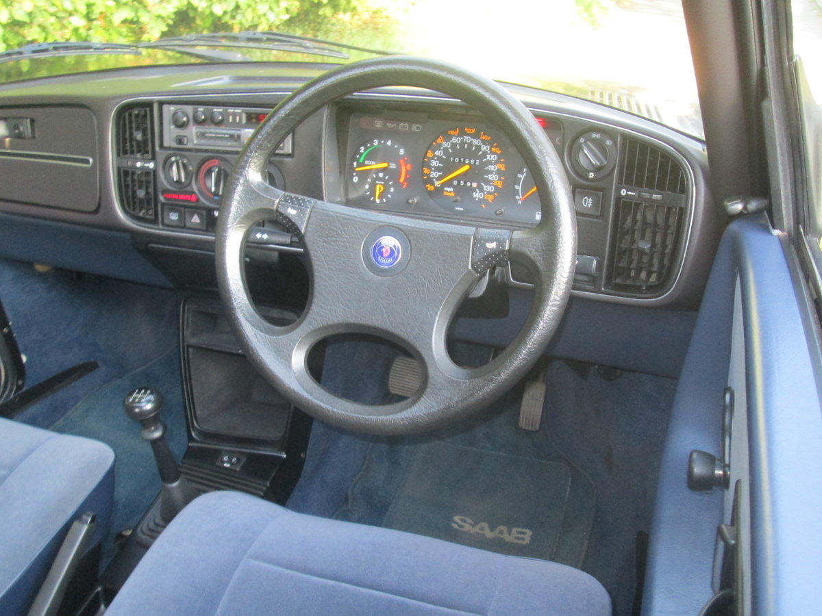 1989 One owner saab 900i all the history For Sale (picture 5 of 6)