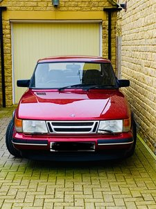 1993 SAAB 900 Turbo Ruby Edition
