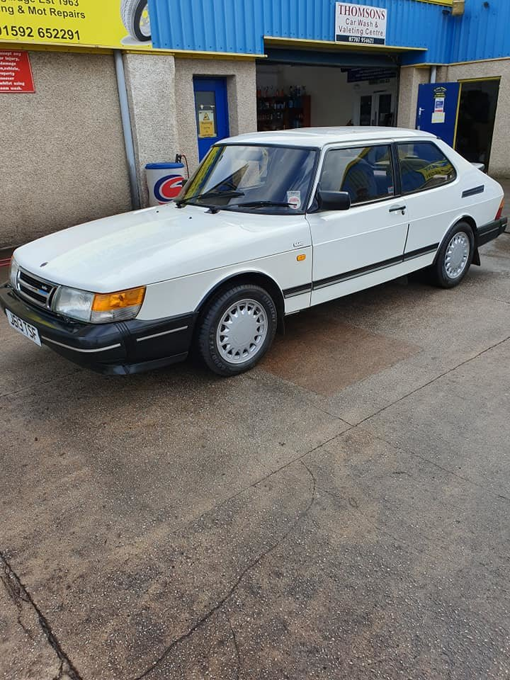 1991 Saab 900 LPT Classic low mileage. NOW SOLD For Sale (picture 1 of 6)