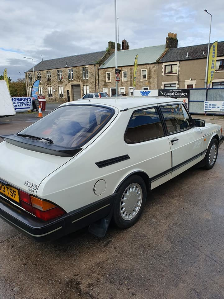 1991 Saab 900 LPT Classic low mileage. NOW SOLD For Sale (picture 2 of 6)