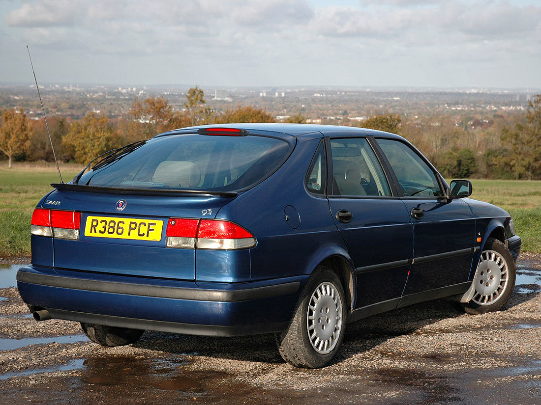 1998 93 2.0i S Automatic 107,000m MOT until November 2020 SOLD (picture 2 of 6)