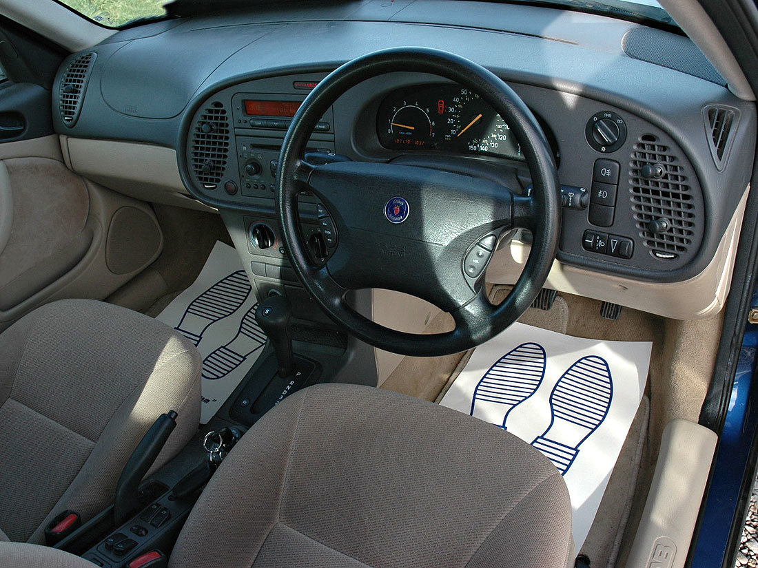 1998 93 2.0i S Automatic 107,000m MOT until November 2020 SOLD (picture 6 of 6)