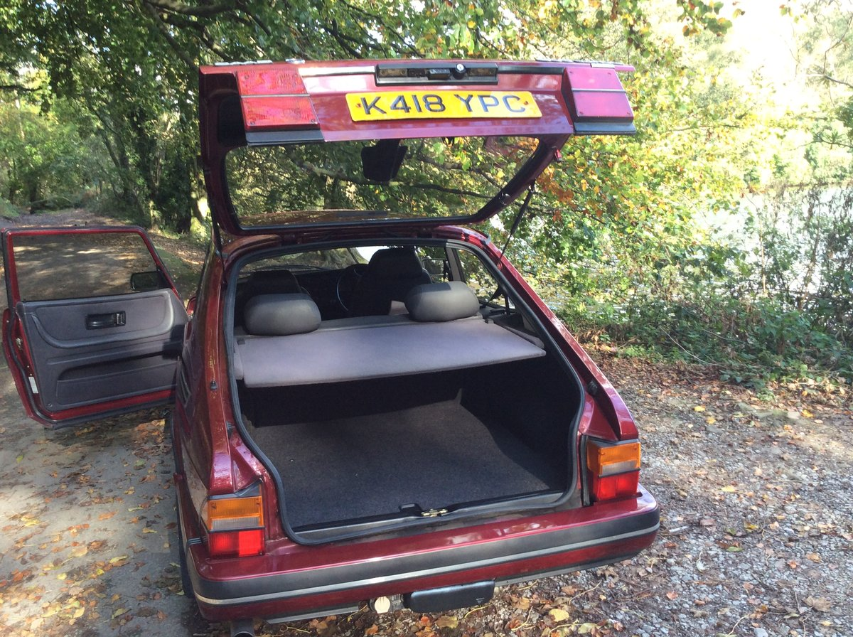 1993 Ruby Saab 900 T16  Very rare SOLD (picture 3 of 6)