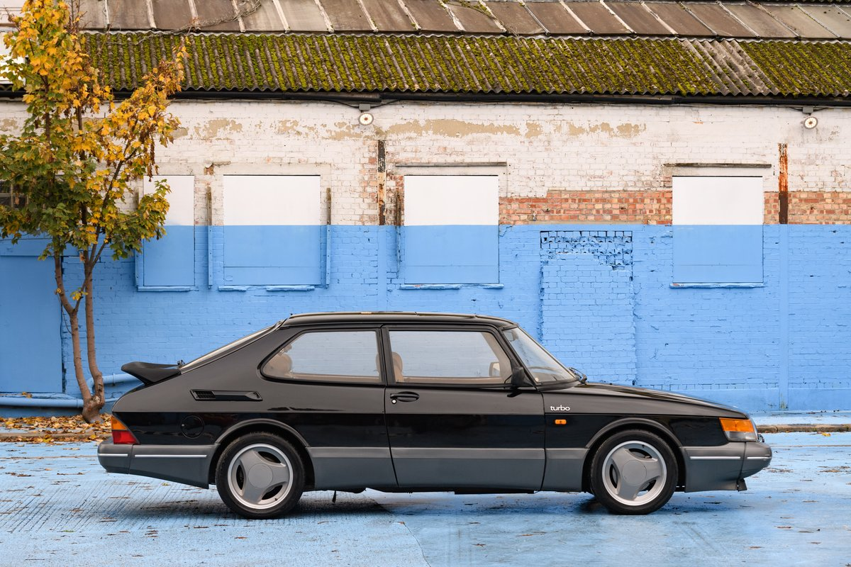 1989 Saab 900 Turbo SOLD (picture 2 of 10)