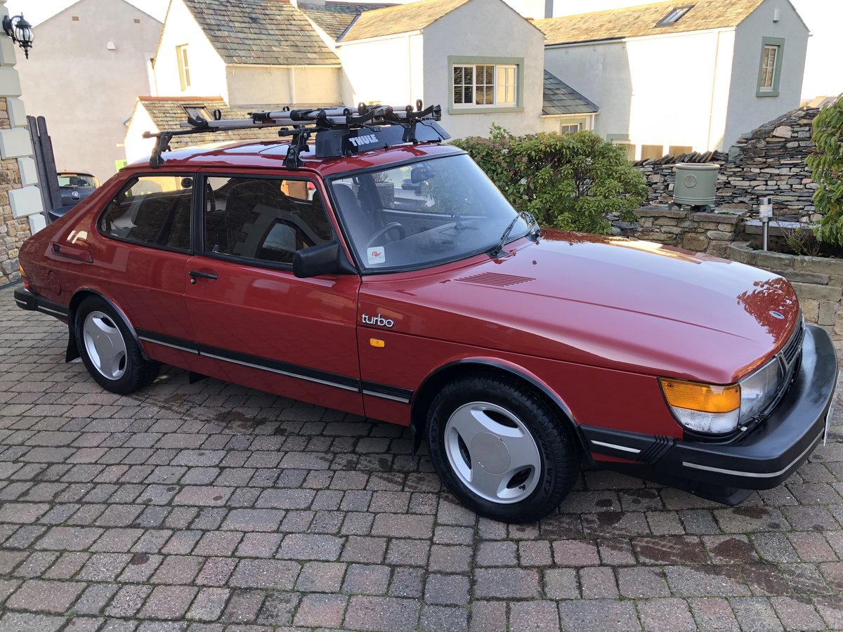 1986 Saab 900 8v Turbo (Flat Front) SOLD (picture 1 of 6)