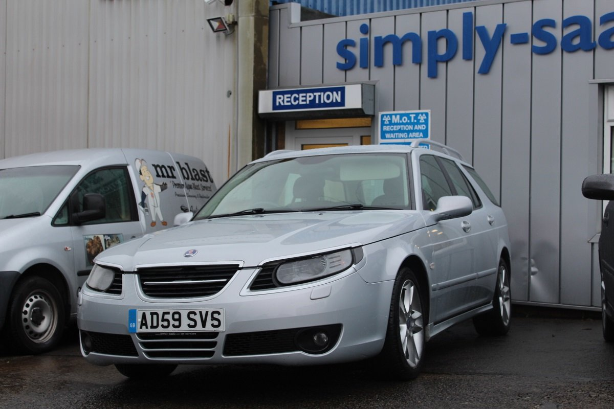 2009 STUNNING HIGH SPEC PETROL 9-5 2.3 T ESTATE SOLD (picture 3 of 6)