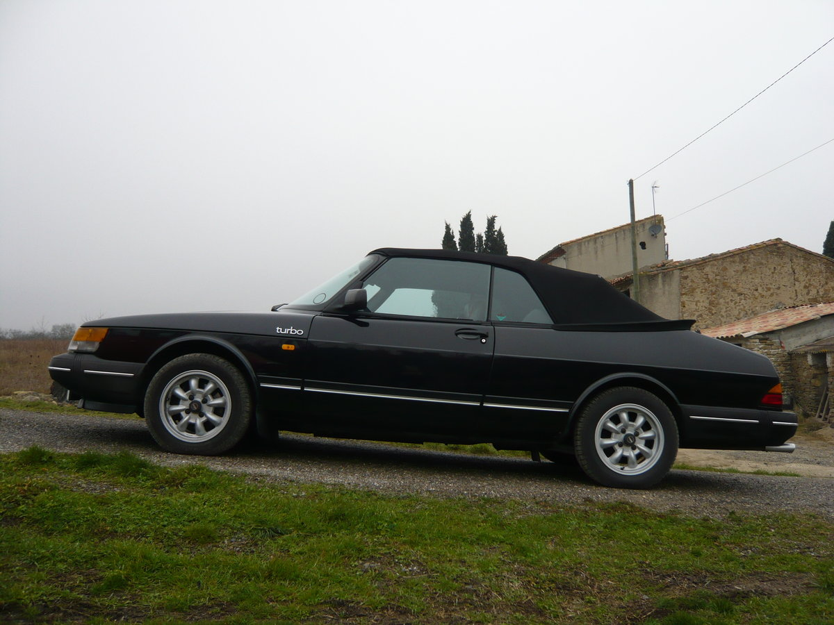 1987 Saab 900 cabriolet immaculate rust-free  For Sale (picture 5 of 6)
