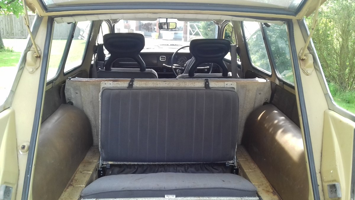 1972 SAAB 95 V4 STATION WAGON ~ USE & IMPROVE ~ DRIVES WELL SOLD (picture 3 of 6)