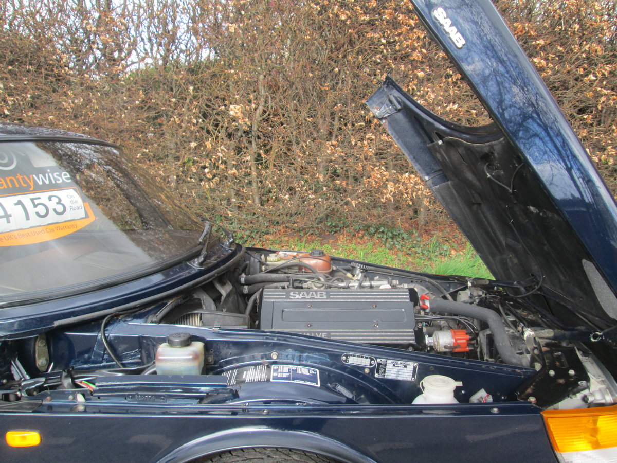 1989 One owner saab 900i all the history For Sale (picture 1 of 6)