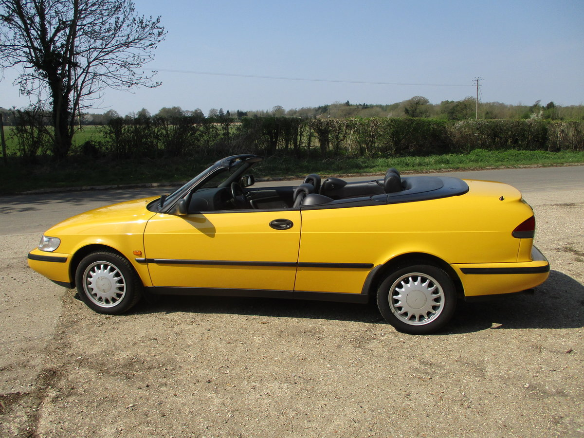 1998 Saab 900S 2.3 Convertible Automatic SOLD (picture 2 of 6)