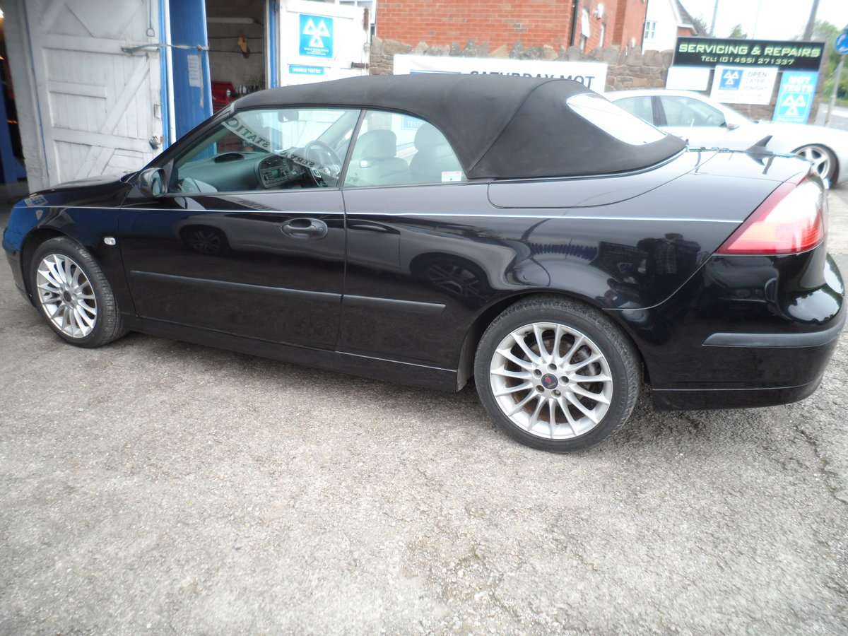 2005 05 PLATE SAAB 93 SOFT TOP IN BLACK NICE  LOOKER F.S.H 91,000 For Sale (picture 1 of 6)