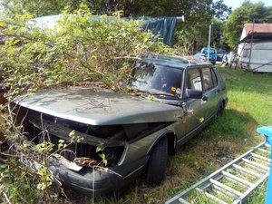 Saab 900 Barn Find