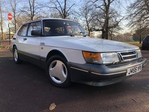 Saab 900 Classic 16V Turbo with Aero body kit