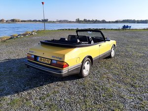 Saab 900 turbo 16S convert 1992 Monte Carlo yellow new motor
