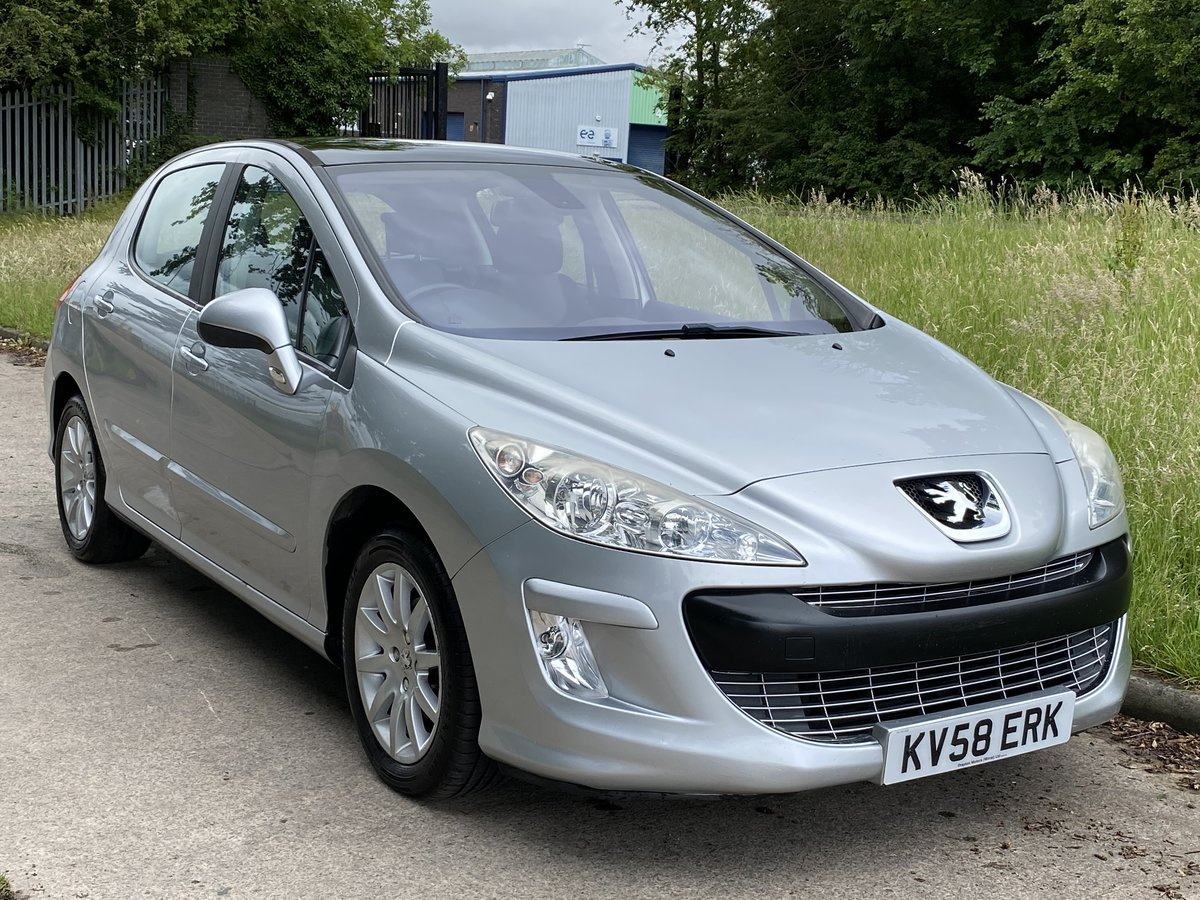 2008 Peugeot 308 1.6 THP SE Auto - 45,000 miles - Panoramic Roof For Sale (picture 1 of 6)