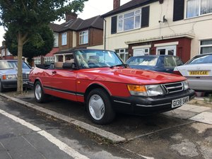 1990 **Saab 900 classic convertible**