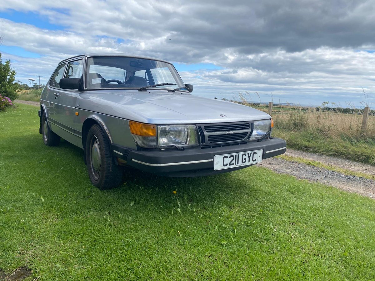 1986 Silver Saab 900 Excellent Condition SOLD (picture 1 of 6)