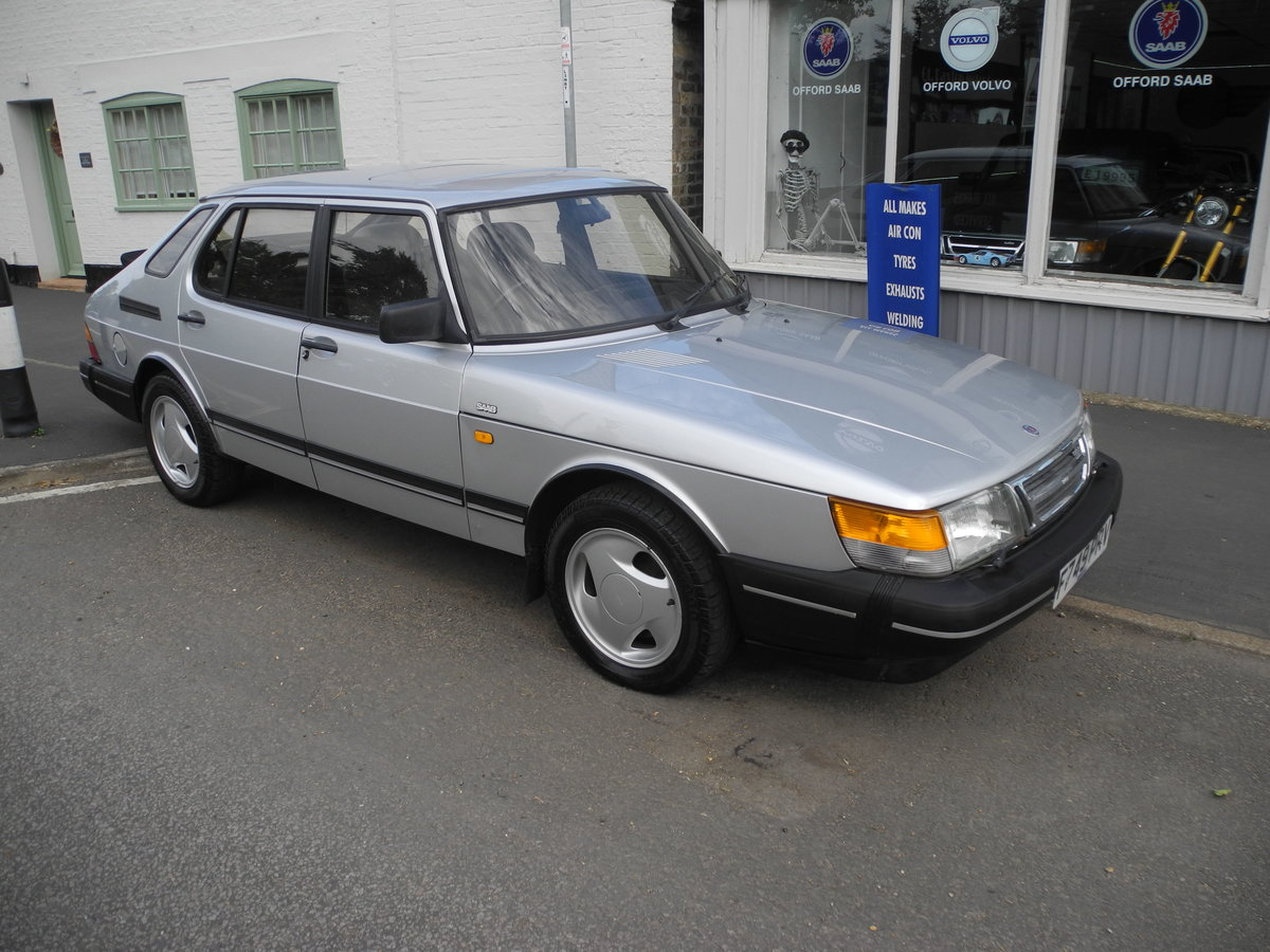 1988 SAAB 900 I For Sale (picture 1 of 6)