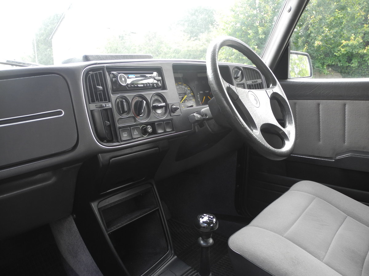 1988 SAAB 900 I For Sale (picture 4 of 6)