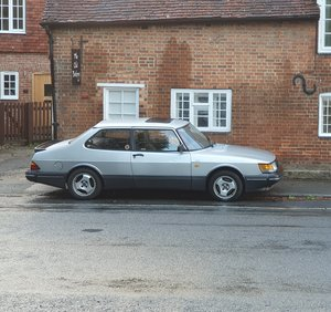 Picture of 1990 Saab 900i Aero 2 door saloon - Auto
