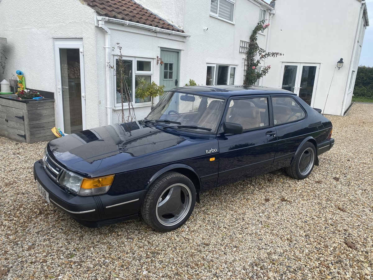 1991 Classic SAAB 900 LPT Turbo For Sale (picture 2 of 6)