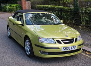Picture of 2005 SAAB 93 9-3 2.0 VECTOR CONVERTIBLE PETROL 47k FSH LIMEYELLOW