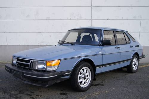 Saab 900i Original! For Sale (picture 1 of 6)