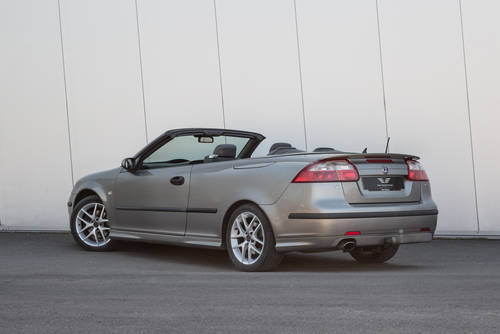 2004 SAAB 9-3 Aero Convertible - Only 46657 miles SOLD (picture 3 of 6)