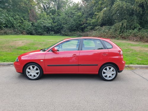 2005 Seat Ibiza 1.4 Sport 16v. Low Miles. 1 Family Owned. Bargain SOLD (picture 2 of 6)