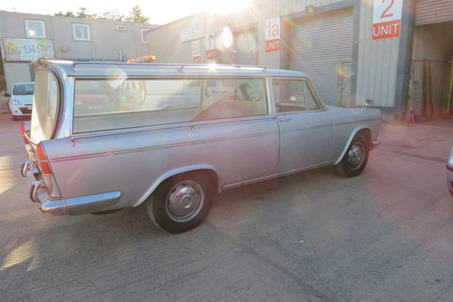 1969 Very very rare Seat 1500 hearse For Sale (picture 2 of 4)
