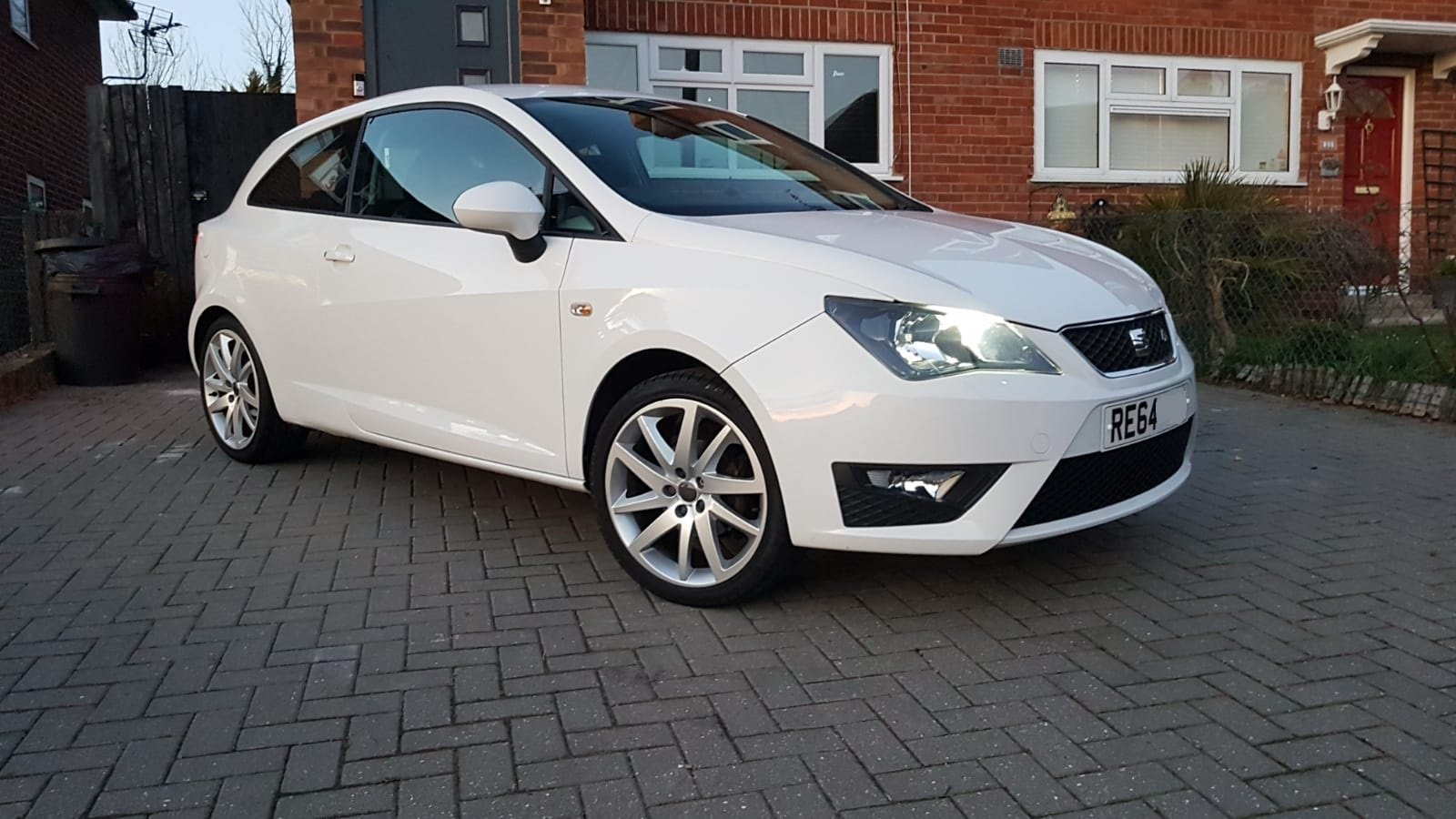 2014 seat ibiza 1.2 tsi fr i-tech 3dr hatchback For Sale (picture 2 of 6)