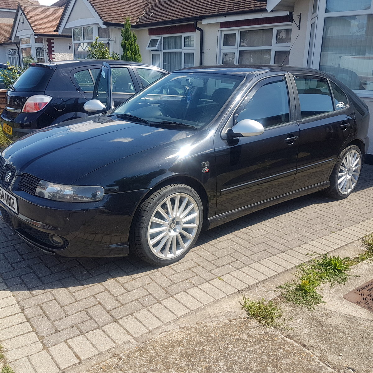 2004 Seat Leon FR diesel 2.0tdi SOLD (picture 1 of 5)