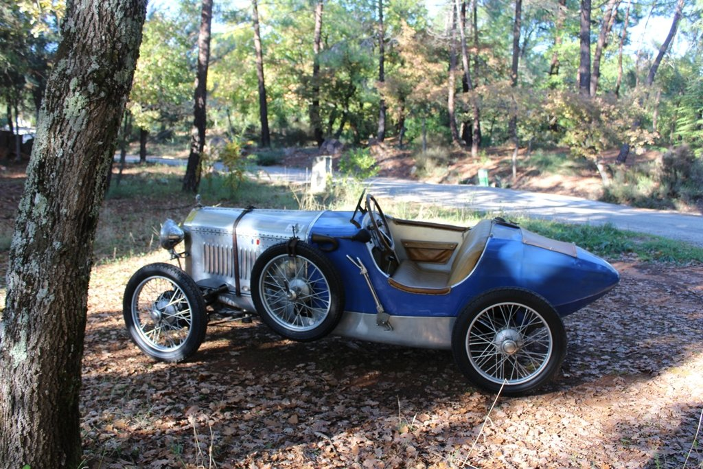 1923 Rare Senechal type course For Sale (picture 1 of 4)