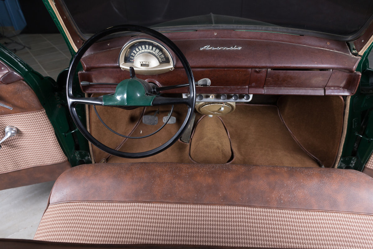 1952 Simca 9 Berline - No reserve For Sale by Auction (picture 4 of 6)