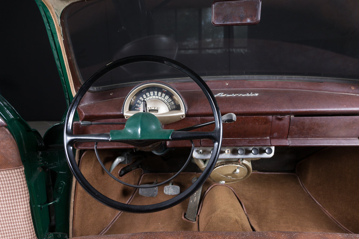 1952 Simca 9 Berline - No reserve For Sale by Auction (picture 6 of 6)