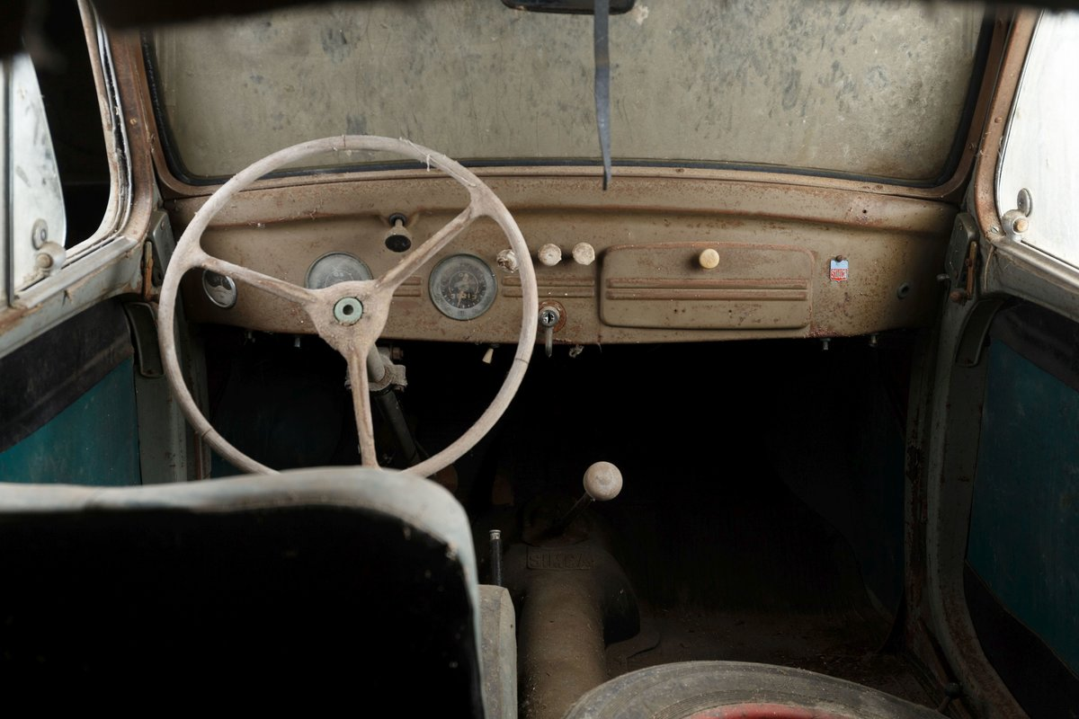 1949 SIMCA 6 - No reserve For Sale by Auction (picture 5 of 6)
