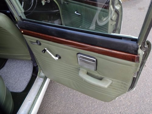 1965 singer vogue For Sale (picture 6 of 6)