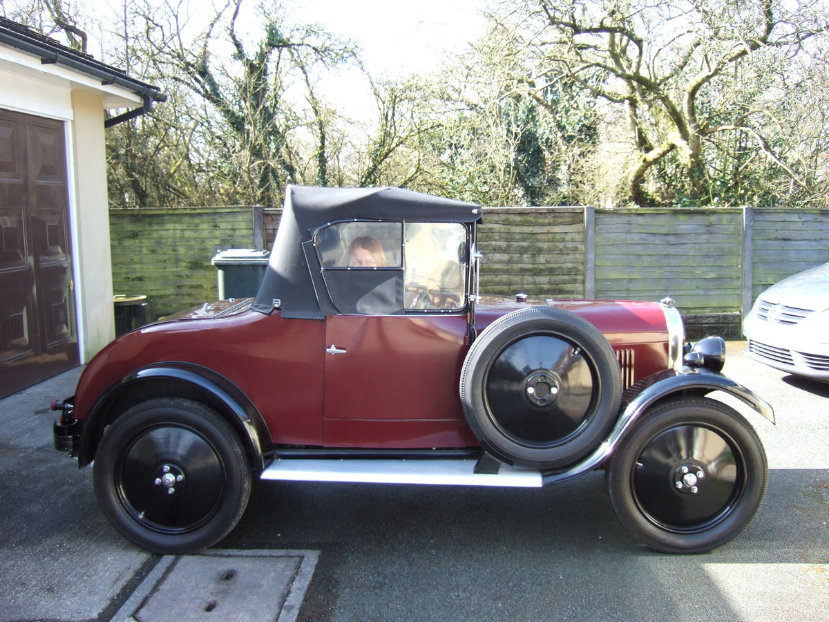 1930 SINGER JUNIOR 2 SEATER WITH DICKIE   SOLD (picture 2 of 5)
