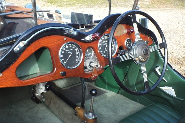 1934 A super English sports car with a Brooklands history  For Sale (picture 5 of 6)