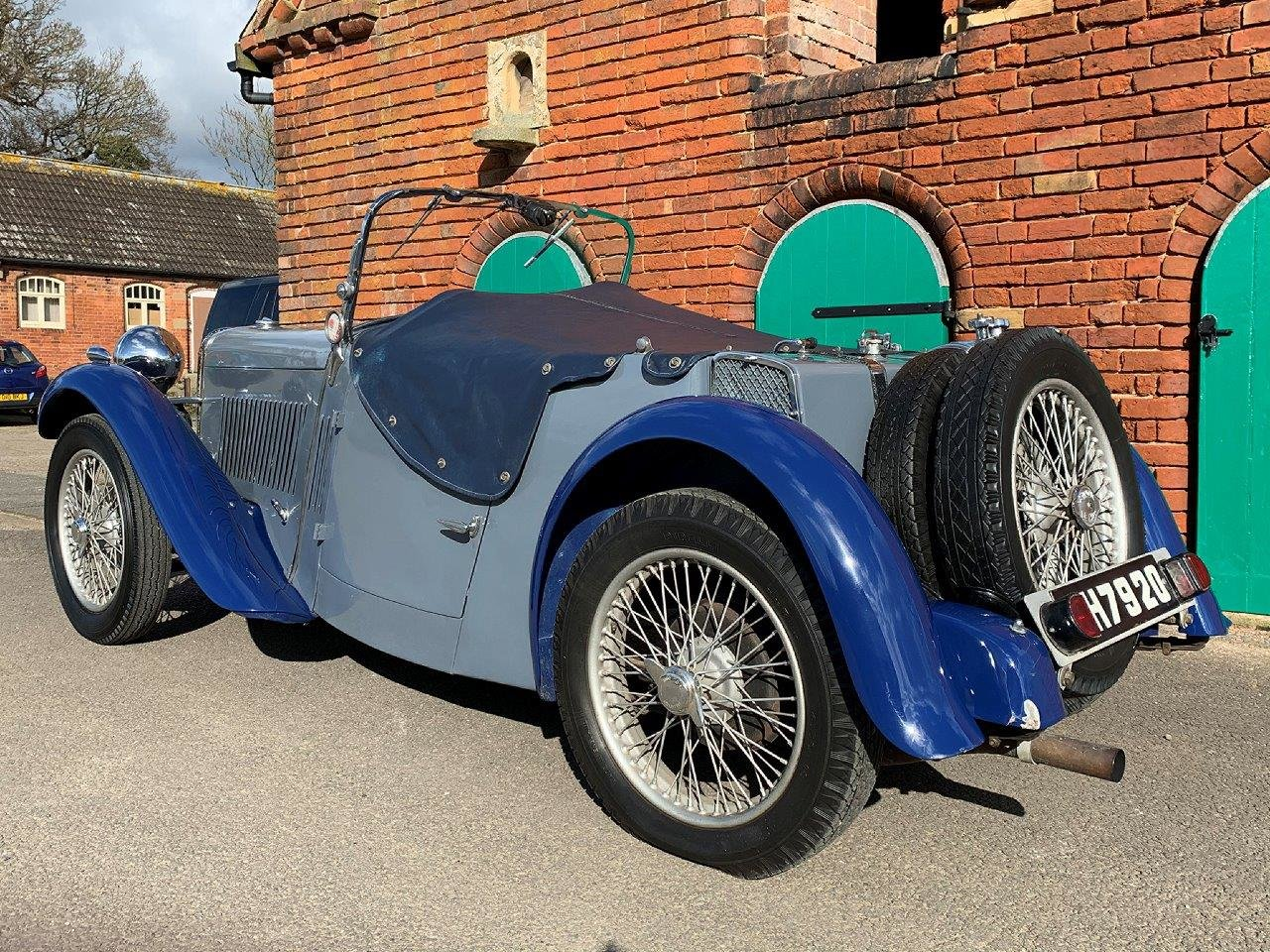 1934 SINGER LE MANS 972CC ROADSTER MANUAL  SOLD (picture 2 of 6)