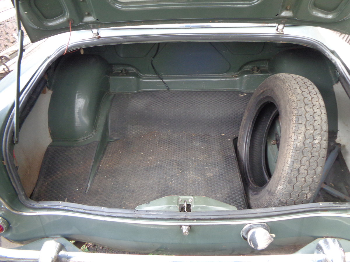 1960 Singer gazelle genuine 12000 miles from new For Sale (picture 5 of 6)