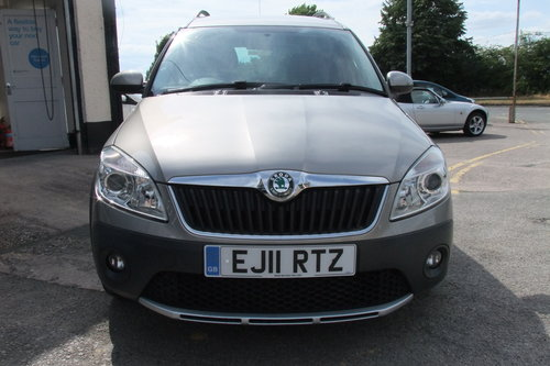 2011 SKODA ROOMSTER 1.2 SCOUT TSI DSG 5DR AUTOMATIC SOLD (picture 4 of 6)