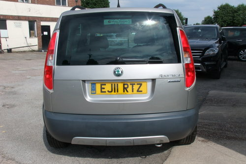 2011 SKODA ROOMSTER 1.2 SCOUT TSI DSG 5DR AUTOMATIC SOLD (picture 5 of 6)