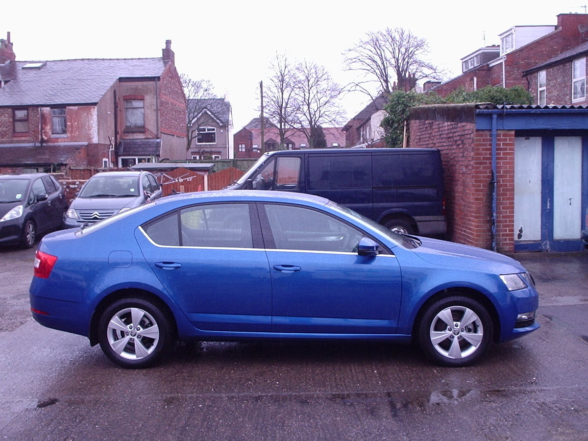 2018 Automatic Skoda Octavia For Sale (picture 2 of 6)