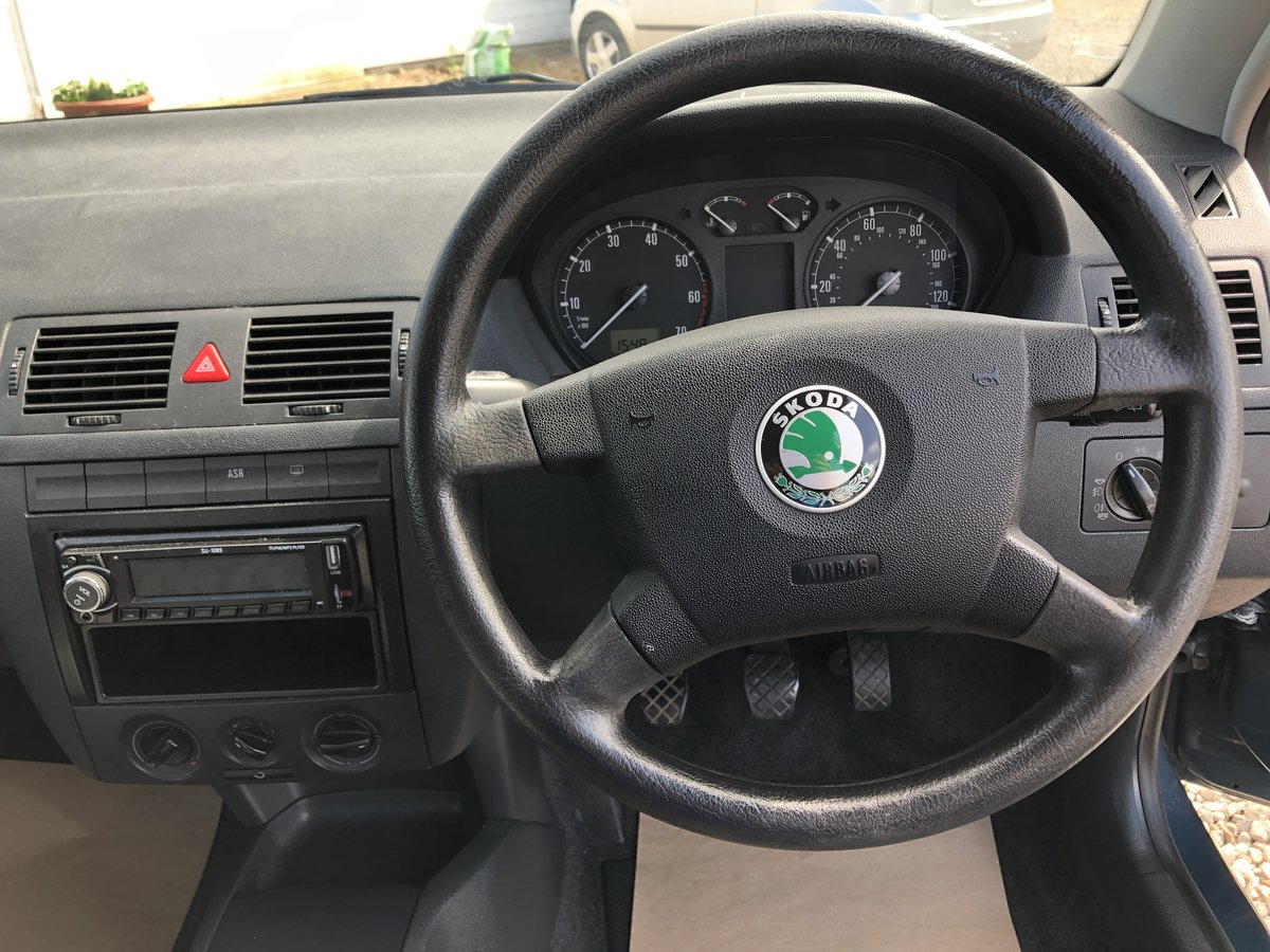 2003 SKODA Fabia 1.2 Comfort 5dr For Sale (picture 5 of 6)
