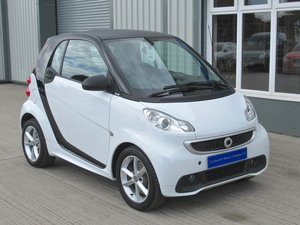 2013 Smart fortwo 1.0 MHD Pulse Softouch 2dr with Nav