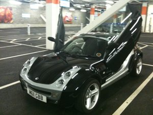 2003 Smart Roadster Coupe Black Top Spec with Leather For Sale