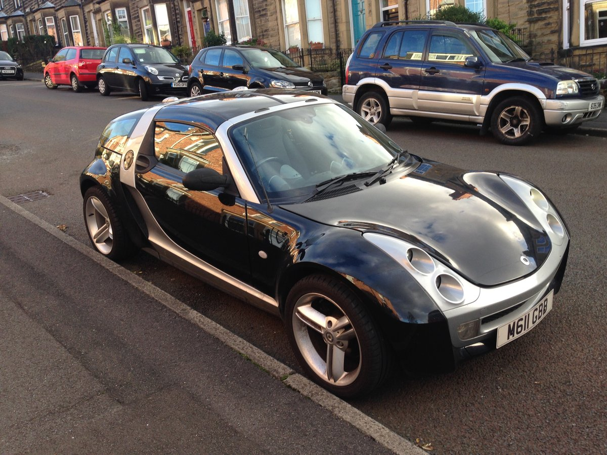 2003 Smart Roadster Coupe Black Top Spec with Leather For Sale (picture 3 of 6)
