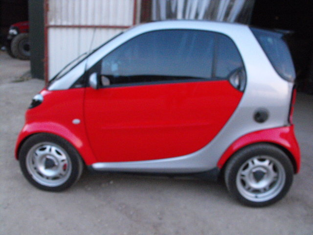 2001 LHDSmart ForTwo rolling chassis(damaged engine+good gearbox) For Sale (picture 3 of 6)