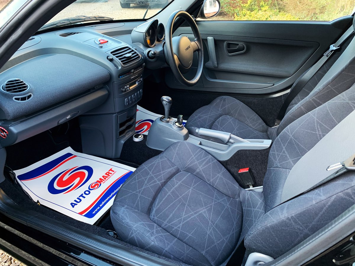 2004 Smart roadster 80 just 5150 miles (sold similar required) For Sale (picture 6 of 12)